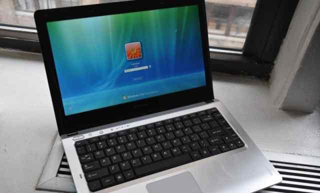 Ноутбук Lenovo IdeaPad U350