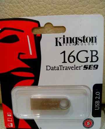 Флешка Kingston 16gb