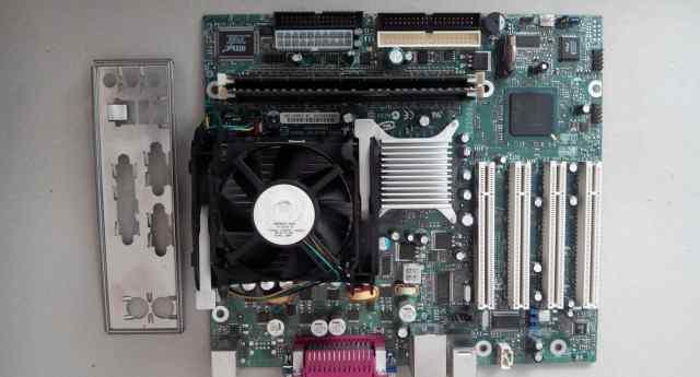 Intel intel D845gvad2 Socket478