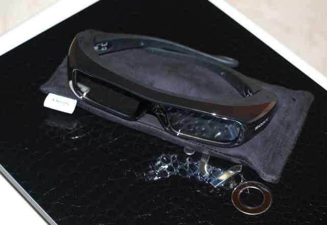 3D ноутбук Sony Vaio VPC-F21Z1R/BI