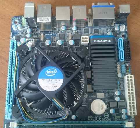 Mini-ITX GA-H61N-USB3 + i3