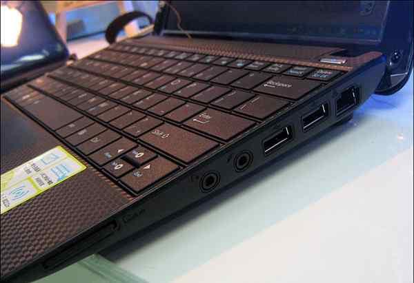 Asus матовый экран/Intel 2 ядра/Камера/заряд 4часа