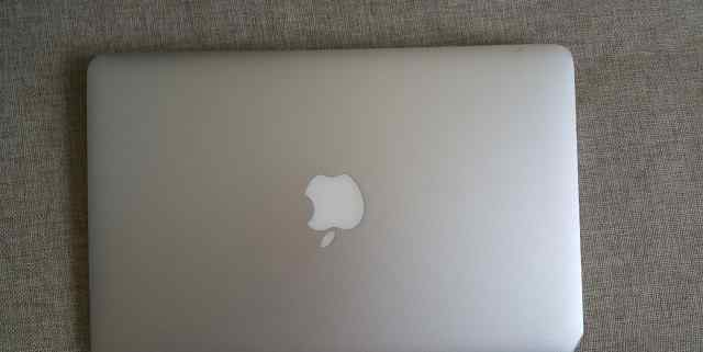 MacBook Air i5 core