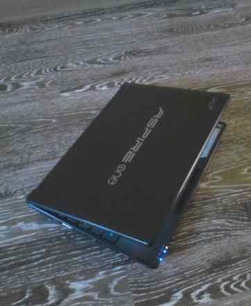 Нетбук Acer Aspire One 552