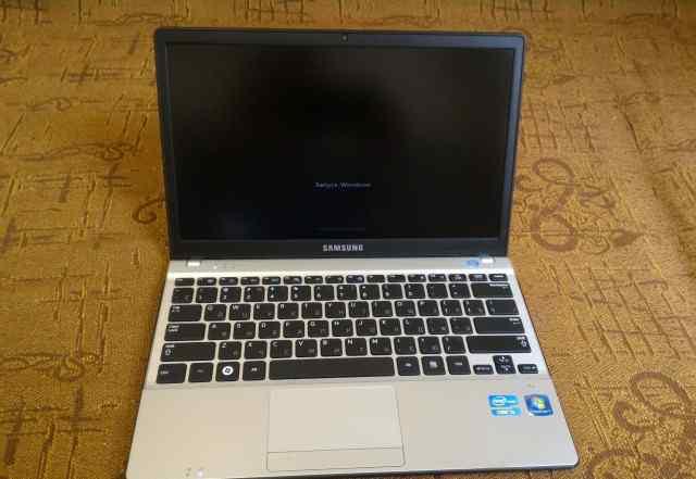 Core i3 компактный Samsung NP350U2B в отл. сост