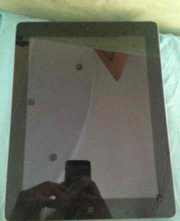 Apple iPad 64 Gb Wi-Fi + 3G