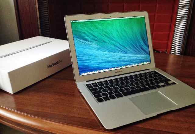MacBook air 13 inches 2014