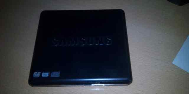 Пишущий DVD привод с USB Samsung SE-S084D