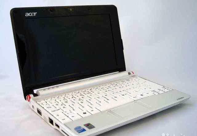 Белоснежный Acer Aspire One A150 батарея 3 часа
