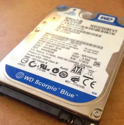 Жесткий диск WD3200bevt 320 Гб