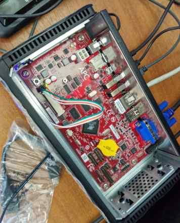 Одноплатный компьютер APC Rock