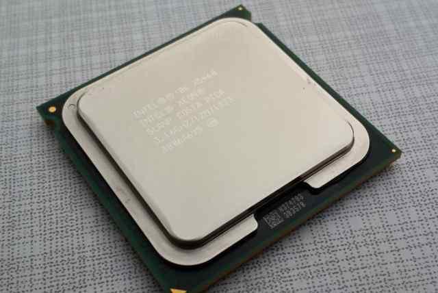 Intel Xeon x5460 LGA 771/775
