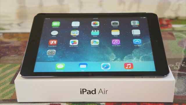 iPad Air 32+ LTE space gray на гарантии