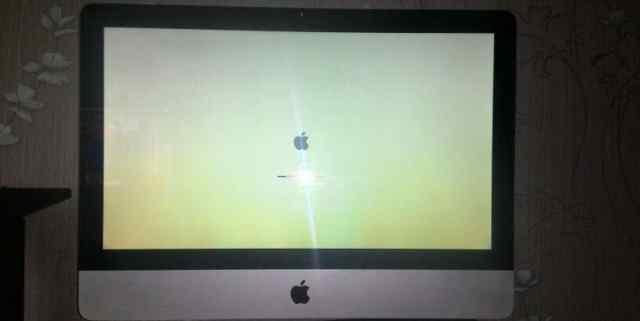 Apple iMac 2010