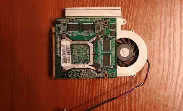 Nvidia GeForce GT 220M с кулером (13gnvp10m090)