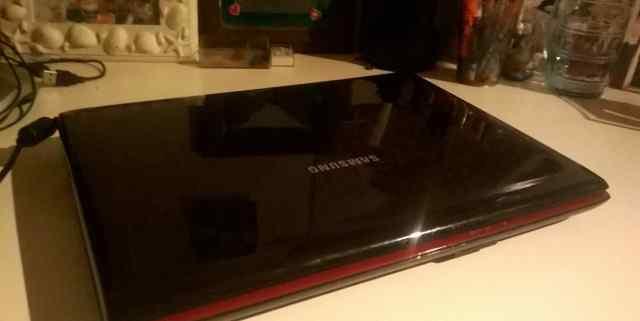 Samsung Q310
