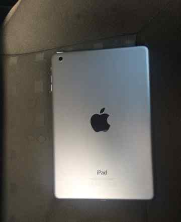 iPad mini with 16gb wifi