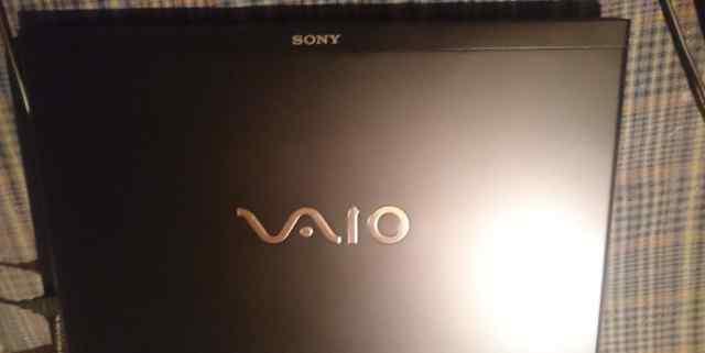 Sony vaio VPC-SE1Z9R Максимальная комплектация