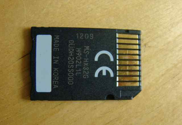 Карта MemoryStick Pro-HG Duo 32Гб