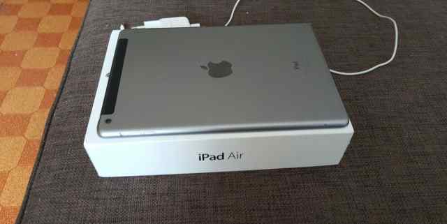 iPad Air WiFi + cell 16GB Space Gray