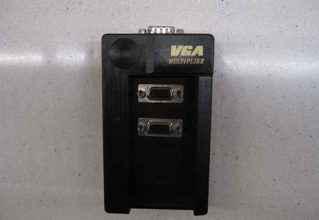 VGA splitter