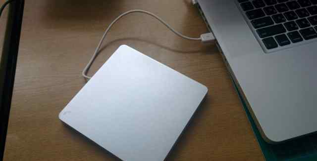 Apple внешний привод Super Slim USB2.0