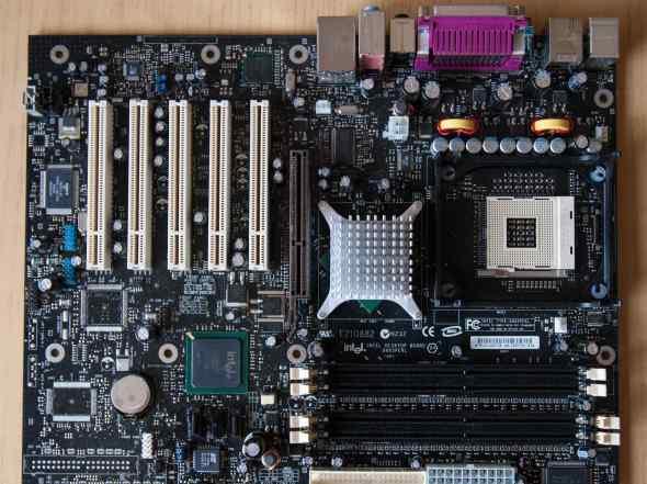 Материнская плата Intel D865perl