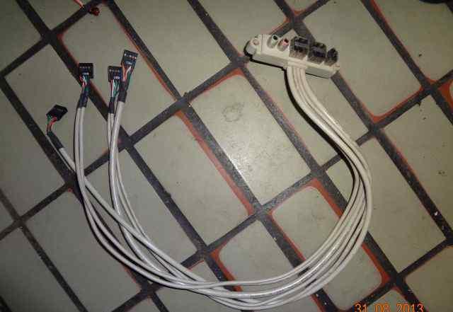 Встроенный картридер и дополнительные USB разъемы