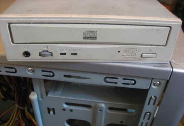 CD-RW 32x Matsushita-Panasonic(CW-7585/7586-B) IDE