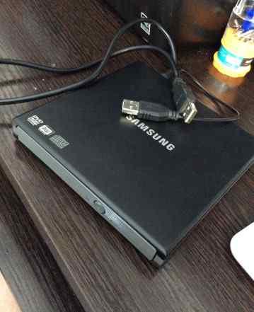Переносной внешний жесткий диск Samsung