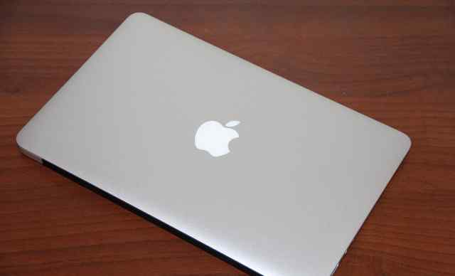 Ноутбук MacBook Air Apple, 11 дюймов