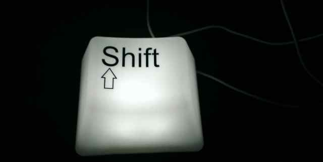 Светильник Кнопка от клавиатуры Shift USB