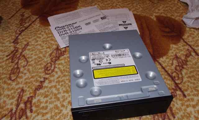 Привод Pioneer DVR - 215 BK