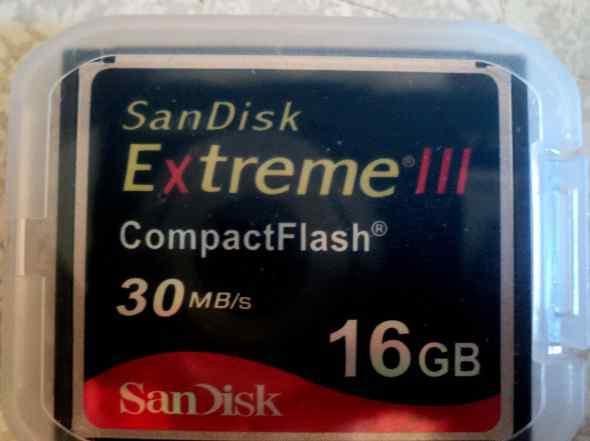 Карта памяти CF 16 gb SanDisk Extreme III