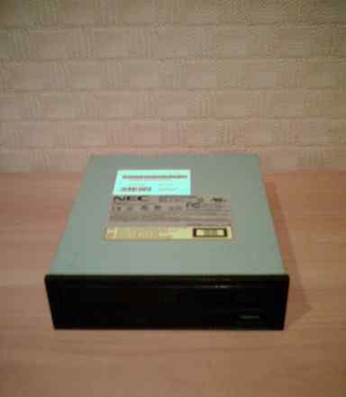 Привод CD-RW DVD-ROM