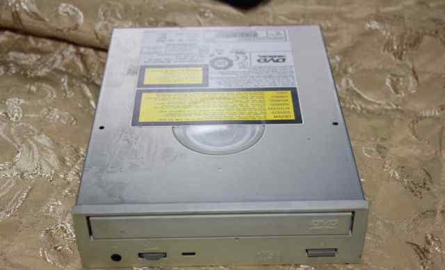 Оптический привод DVD-ROM Hitachi DVD-ROM GD-7500B