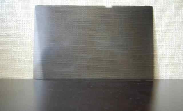Поляризационный фильтр на монитор ноутбука