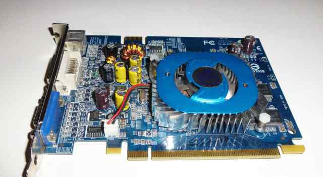 Видеокарта GeForce 6600 D256M