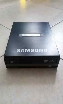 Внешний CD, DVD привод Samsung