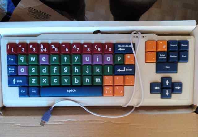 Детская клавиатура с большими буквами