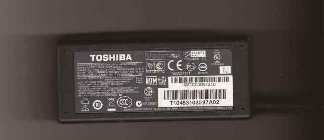 Блок питания Toshiba 19V 3.42A (5.5x2.5), Lenovo