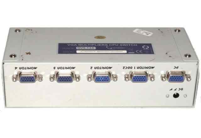 Разветвитель сплиттер на 4 монитора Gembird Multip