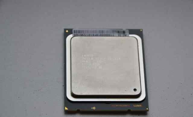 Процессоры Intel Xeon E5-2650, 2GHz
