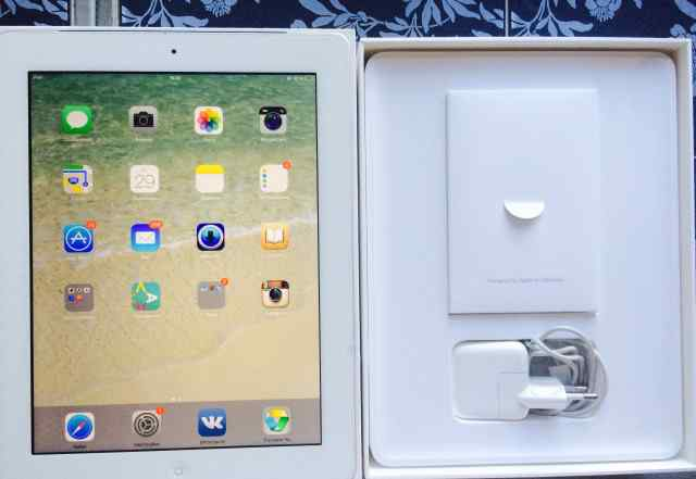 Ростест iPad 4 Wi-Fi Cellular (+ 3G) 16GB White