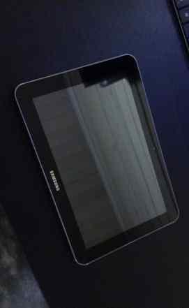 Планшет Samsung Galaxy Tab 8.9 P7300 gt-p7300