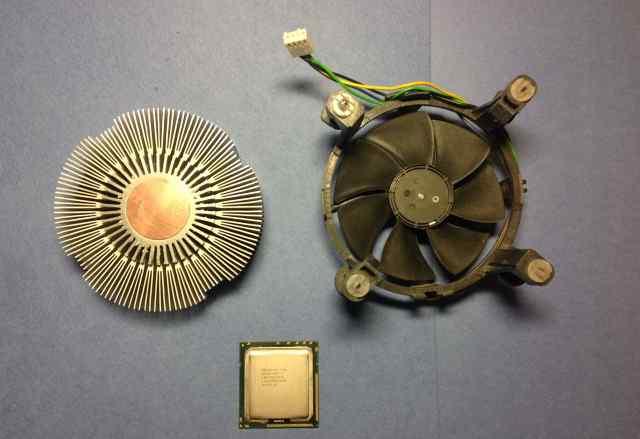 Intel Core i7 920 (s1366) + кулер Intel