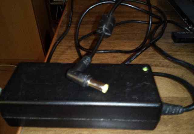 Блок питания ноутбука HP 19V