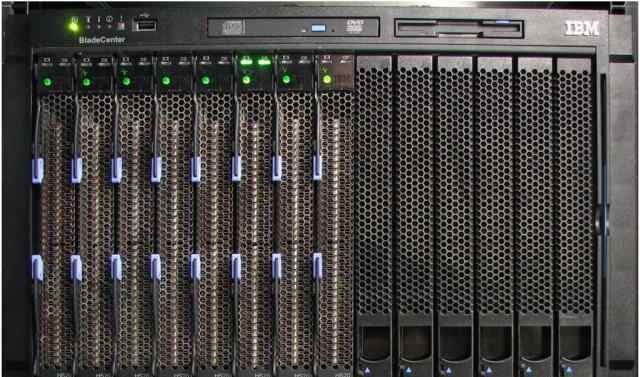 IBM Bladecenter E + 14 HS12