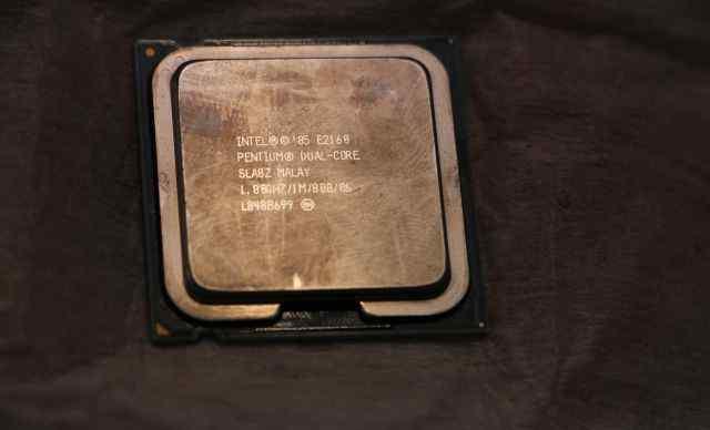 Intel pentium dual-core 1.8 ghz