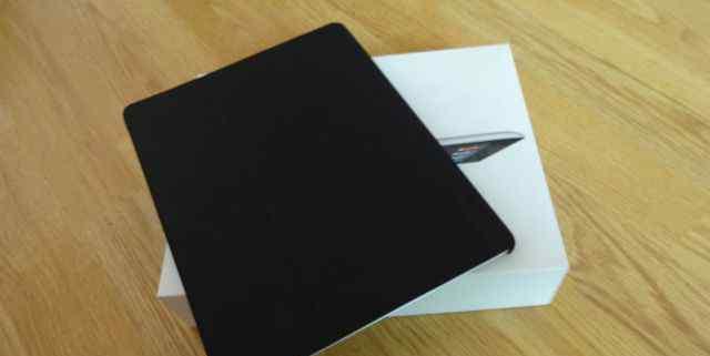 iPad 3. iPad WiFi+ 3G Cellular Black